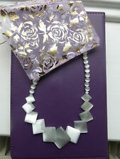 Gorgeous square design. pearl coloured Necklace: New in presentation bag.