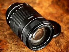 Canon EF-S 18-135mm f/3.5-5.6 IS Lens - Pristine