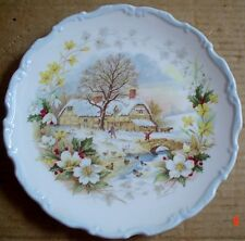 Royal Albert Collectors Plate WINTER From THE COTTAGE GARDEN YEAR SERIES
