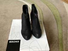 BRONX ZIP FRONT ANKLE BOOT BLACK SIZE 3 / EUR 36