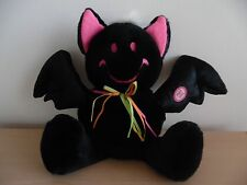 "HALLOWEEN ANIMATED PLUSH BLACK BAT~GIGGLES~SHAKES~SAYS ""HAPPY HALLOWEEN""~FUNNY!"