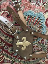 Leather Renaissance Medieval SCA LARP CELTIC Sword Hold For belt W/ Fleur De Lis