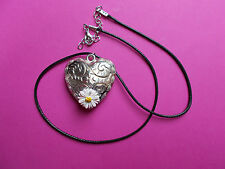 HAND PAINTED White DAISY ON LARGE SILVER HEART NECKLACE Floral LoveToken PENDANT