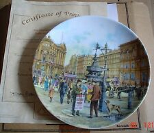 Davenport Collectors Plate THE NEWSPAPER SELLER From THE CRIES OF LONDON Boxed