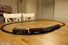 CLASSIC 2.85M TOY TRAIN SET TRACK BATTERY OPERATED CARRIAGES LIGHT &SOUND TY834