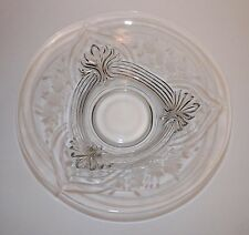 LARGE VINTAGE PATTERNED GLASS CONSOLE BOWL ETCHED FLORAL FLAMES & ARCHES