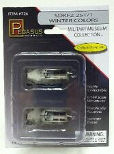 Pegasus 726 x 1/144 SdKfz 251/1 Halftrack (Winter Camouflage) (Assembled)