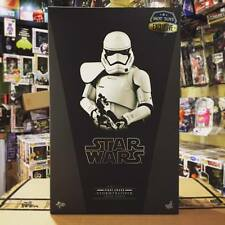 Hot Toys 1/6 Scale Star Wars TFA EP7 First Order Stormtrooper (Squad Leader)