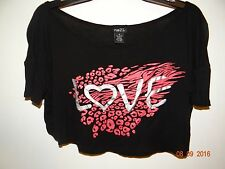 """RUE21 Size M Trendy Black Cropped Blouse """"Love"""" - 100% Rayon"""