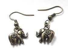 Boucle d'oreille petit éléphant bronze