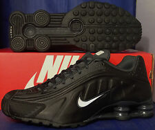 Nike Shox R4 Black White Anthracite SZ 9.5 ( 104265-039 )