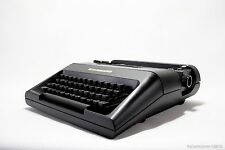 Black OLIVETTI LETTERA 35 - vintage working typewriter