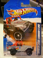 Hot Wheels Toyota Land Cruiser FJ40 HW Performance 11 Silver