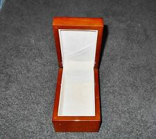 HINGED & WHITE LINED WOOD JEWELRY TRINKET BOX