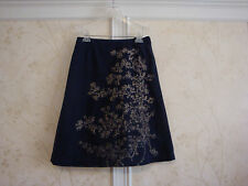 NWT OILILY WOMENS NAVY EMBROIDERED SKIRT 38