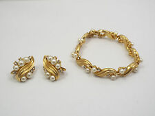Vintage Crown Trifari Gold Tone Faux Pearls Rhinestone Leaf Bracelet & Earrings