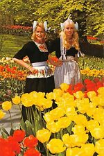 Netherlands Holland in bloementooi, flowerdecoration, pretty ladies, dames