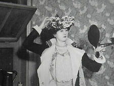 Violet Vanbrugh In Her Dressing Room Criterion Theatre 1901 Photo Article 9523