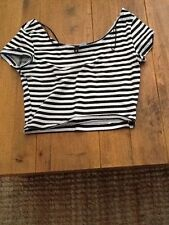 H&M cropped black and white stripped top size S