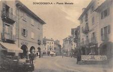 3075) DOMODOSSOLA (VERBANIA) PIAZZA MERCATO, MACELLERIA, BANCARELLA DI LIBRI. VG