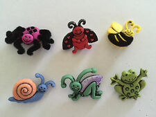 Multicoloured garden bugs bee spider frog Novelty Buttons Dress It Up 4672
