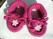 Pink booties + Hat set. Girl, Hand made. Real leather soles.0-3 mths. Pink. New.