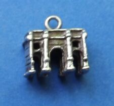 VINTAGE MARBLE ARCH LONDON SILVER CHARM