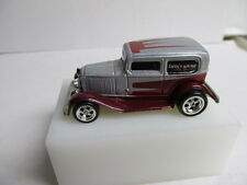 Hot Wheels Loose Larry's Garage Silver '32 Ford Delivery w/ Real Rider Tires