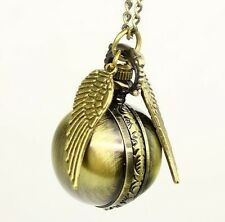 MONTRE GOUSSET VIF D OR de   HARRY POTTER COLLIER AILES PENDENTIF