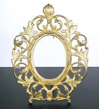 Italie XVIIIe Cadre en bronze doré et décor végétal en feuilles d'acanthes Frame