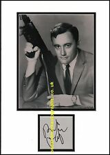 Robert Vaughn Hustle Napoleon Solo Man From Uncle B  Autograph UACC RD 96