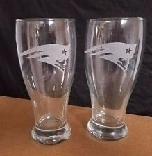SET OF 2  ETCHED BEER PILSNER DRINKING GLASSES, NEW ENGLAND PATRIOTS LOGOS
