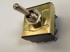 3PDT on (Off) Biased (Spring Back to) Off Toggle Switch 15A dc STS-3PDTB EN04