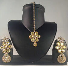 Golden Indian Fashion Jewellery, Earrings & Tikka Set, Bollywood Style SV17-0031