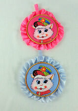 """2 BEAUTIFUL BLUE/PINK WALL PLAQUES WITH CAT/DOGS PICTURES,7 """" DIAMETER FREE PP"""