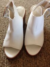 Zara Woman Wedge Pumps, Size 37! Gorgeous Buckle! White Leather! 3.5 Inch Heel!