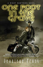 One Foot in the Grave:Jeaniene Frost  - New Paperback Book