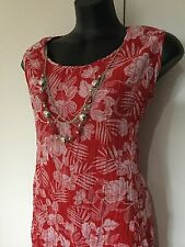 Size 18 Smart Flattering Red Floral Shift Dress With Jewels