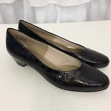 Soft Style Hush Puppies Slip On Kitten Heels Dress Shoes 9.5 Narrow Textured EUC