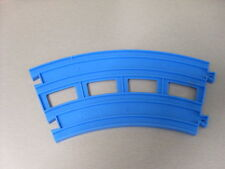TOMY TRACKMASTER THOMAS THE TANK ENGINE DOUBLE CURVE.