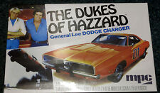AMT MPC 1/25  1969 Dodge Charger General Lee The Dukes Of Hazzard Kit #706 GLUE