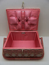 VINTAGE DRITZ WICKER WOVEN SEWING BASKET LINED INTERIOR PIN CUSHION LID PINK