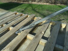 Pallet Strip Down Pry Bar With Nail Puller
