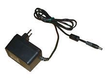 YHi Modelo YC-1015-15 AC adaptador +15V DC 1A 10