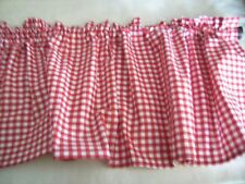 Valance red and white gingham