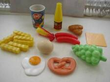 17-pc Child's Miscellaneous 2in-4in Play Food No. 9