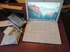 "Apple MacBook A1181 13.3"" Laptop - MB881LL/A  2009 WiFi Camera New Battery"