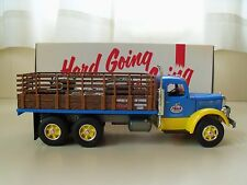 FIRST GEAR  -  MACK L SERIES STAKE TRUCK / DIESEL ENGINE LOAD - 1/34 DIECAST