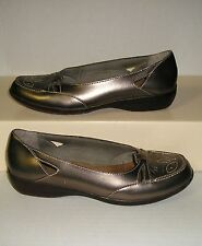 CLARKS Bendables Women's Pewter Leather Dress Loafers Slip-On Shoes Size 7.5 M