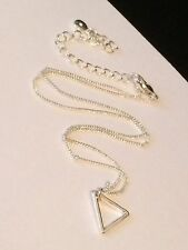 Liz Claiborne Signed Silver Plated Triangle Pendant Necklace #i14